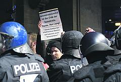 PAZ7_8_Demonstrationsverbot_action_press_4c1bd28f1e
